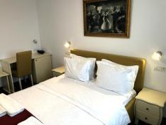 Hotel Agora ( fostul Romanta)