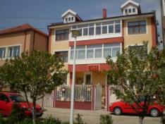 Vila Casa cu Lei