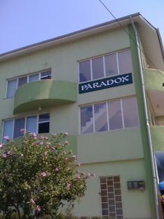 Vila Paradox